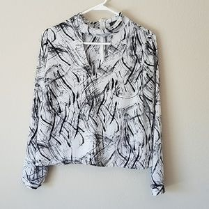 Astr Black & Gray Print Chiffon Blouse Small